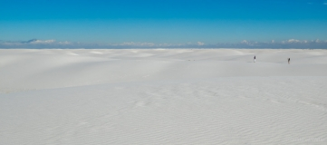 Mensen in White sands national monument, V.S.